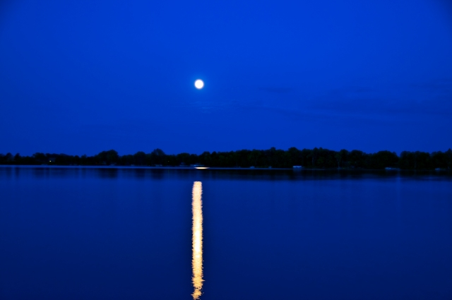 2009 Moon Over Lake
